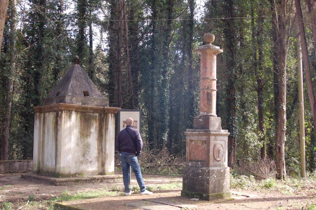 Parco di Montioni colonna napoleonica Poggio Saracino